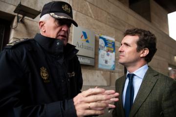 El líder del PP, Pablo Casado, pocs dies després que esclatés la polèmica (27/03/2019) amb un policia a Melilla. Foto: PP / ACN