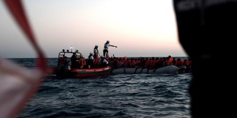 Imatge d'un rescat marítim amb el vaixell Aquarius el dissabte 9 de juny del 2018 al diumenge 10. Foto: Kenny Karpov / SOS MEDITERRANEE