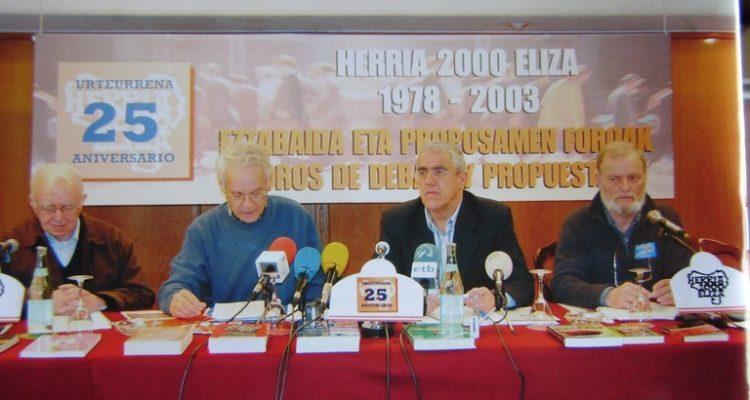 Herria 2000 Eliza revista església país basc