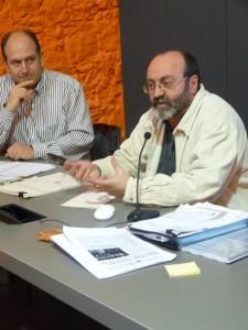 Xavier Giró i Joan Vila a la presentació de l'informe