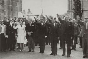 Samaranch a Barcelona, el 18 de juliol de 1974, en el 38è aniversari del cop militar de Franco