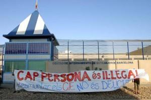 Mobilització contra el CIE de la Zona Franca