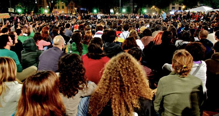 Assemblea del 15M a la plaça Catalunya de Barcelona, el 18 de maig de 2011. Foto: Juanky Pamies Alcubilla / Flickr.