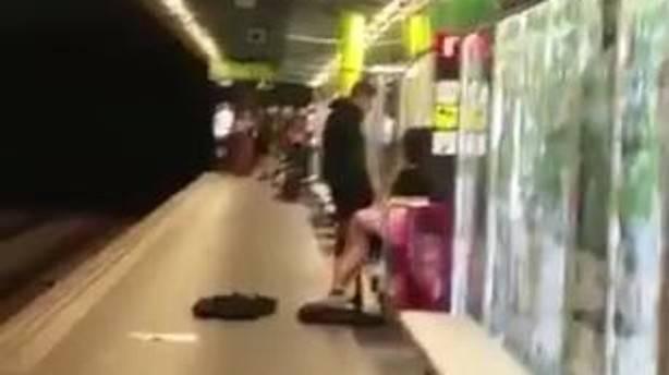 vídeo del sexe al metro