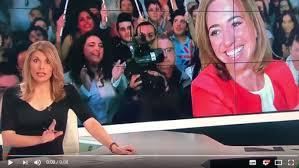 Una presentadora
