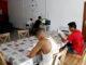 Joves migrants no acompanyats en un pis d'autonomia de Santa Maria de Gimenells, l'agost de 2018. Foto: Laura Cortés / ACN