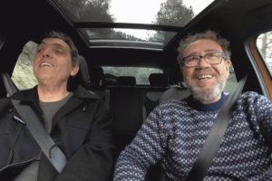 """Pep 'Botifarra' i Miquel Gil, al programa """"Bambant per casa"""". Foto: À Punt TV."""