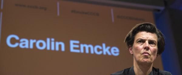 Carolin Emcke, en la seva conferència dimarts al CCCB. Foto: © CCCB / Andreu Adrover.