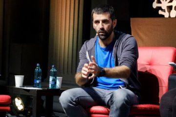 Ariadna Oltra, Jordi Borràs i Mariola Dinarès al debat sobre periodisme després de l'1 d'octubre, on també hi van intervenir Neus Tomàs i Quico Sallés. Foto: Catosfera.