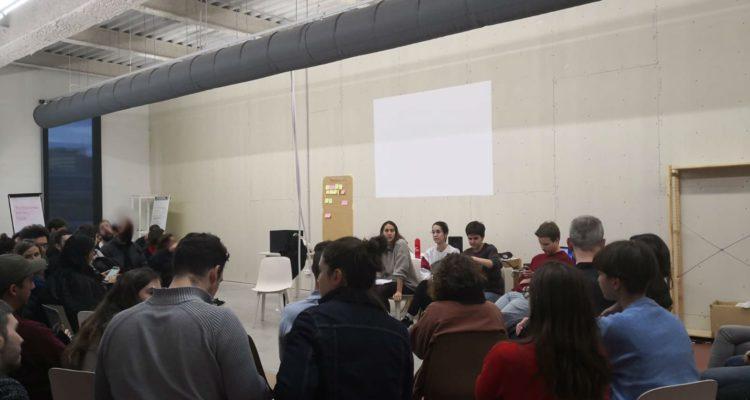 Tercera assemblea de treballadors de 'Playground', divendres. Foto: Comitè de Treballdorxs de Playground.