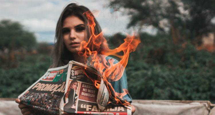 El conflicte verbal a les xarxes acaba donant notorietat als mitjans a alguns dels seus protagonistes. Foto: Thalles Cardoso.