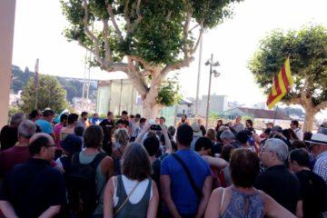 Concentració de suport als independentistes encausats a Arenys.