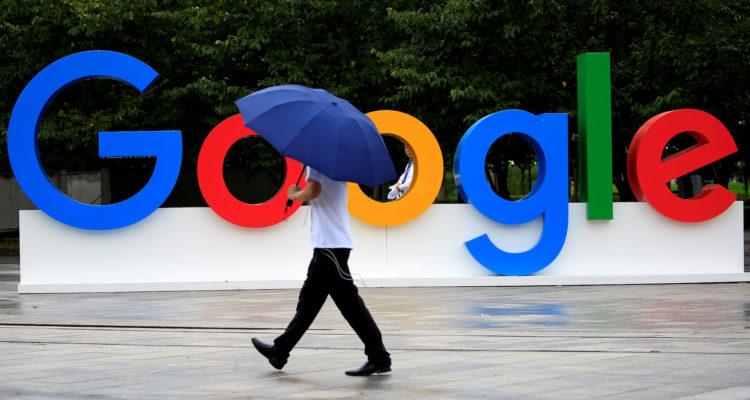 Cartell de Google durant la World Artificial Intelligence Conference a Shanghai, el setembre de 2019. Foto: Reuters.