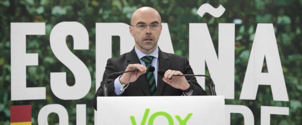 Roda de premsa de Jordi Buxadé. Foto: VOX / Flickr