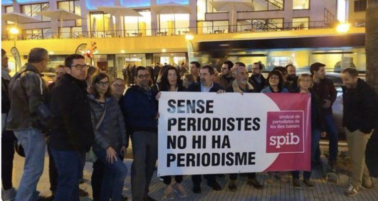 Protestes en contra de l'anterior onada d'acomiadaments a diaris de les Illes, al febrer. Foto: SPIB.