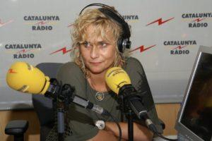 Mònica Terribas a l'estudi de Catalunya Ràdio. Foto: CCMA