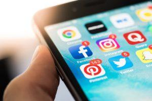 Les xarxes socials i la influència. Foto: pxfuel.