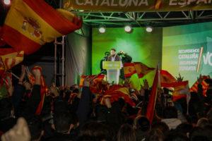 El candidat de Vox a la Generalitat, Ignacio Garriga, en l'acte de tancament de campanya del partit, a Barcelona, divendres. Foto: Laura Cortés / ACN.