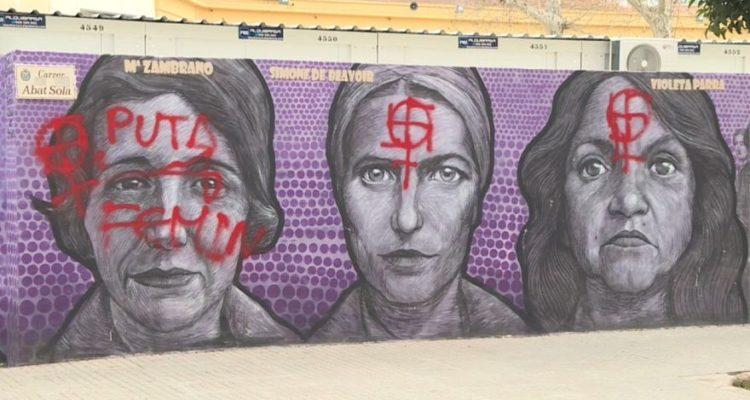 Ataquen un mural feminista de Gandia a pocs dies del 8M. Imatge: À Punt.