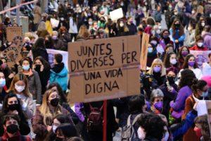 Concentració estàtica del 8-M a Barcelona, el 8 de març del 2021. Foto: Miquel Codolar / ACN.