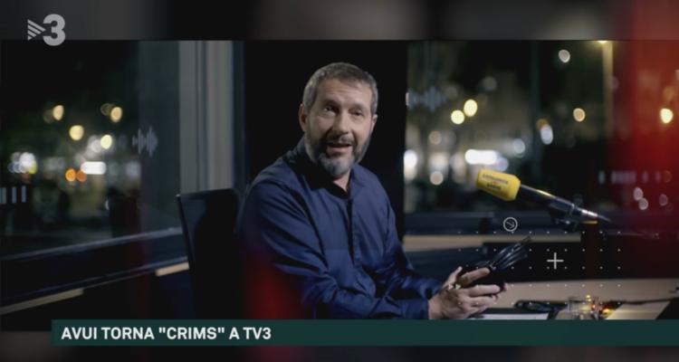 """Captura de pantalla d'""""Els Matins"""", on Carles Porta presenta nova temporada de """"Crims"""": """"Les dones també maten""""."""